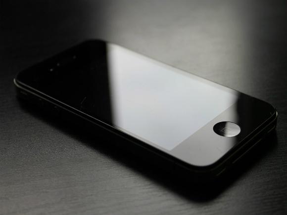 Специалист рассказал, когда опасно заряжать смартфон