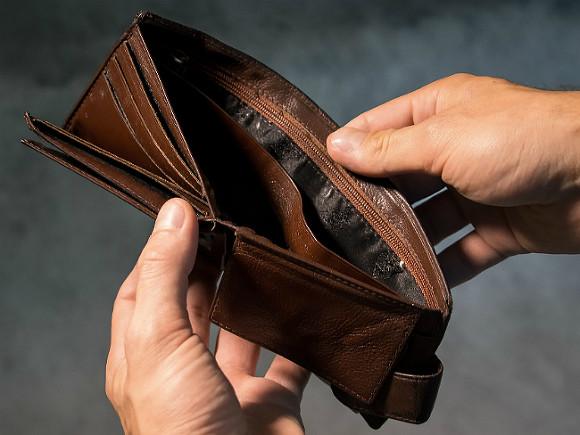 Экономист Остапкович: Главная проблема сейчас не в инфляции, а в том, что доходы не растут