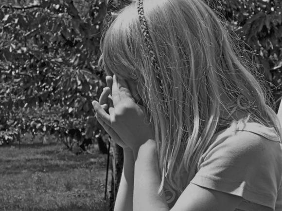 В России школьник изнасиловал 9-летнюю девочку на глазах братьев и друга