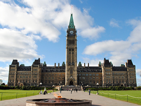 Канада отреагировала на санкции России против своих граждан