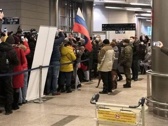 Политтехнолог рассказал, как россияне отреагируют на задержание Навального