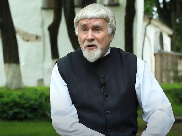 Умер литературовед и писатель Валентин Курбатов