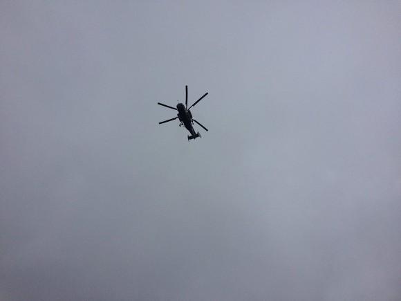 На Камчатке частный вертолет упал на бок при посадке