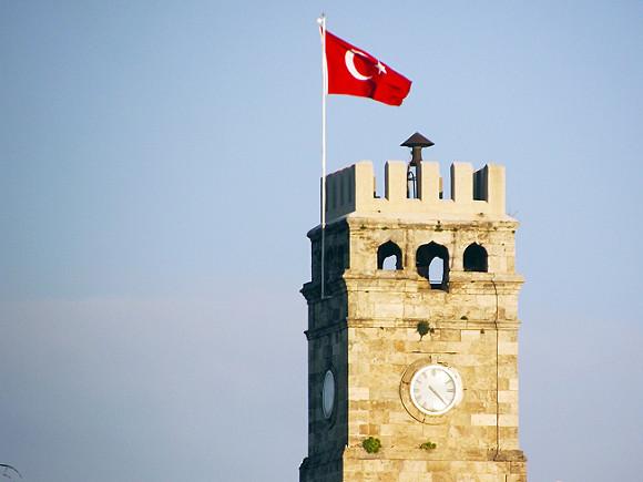 В Турции ответили на решение России возобновить авиасообщение