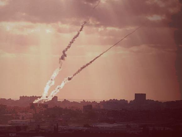 Израиль нанес удар по инфраструктуре ХАМАС в ответ на запуск снаряда