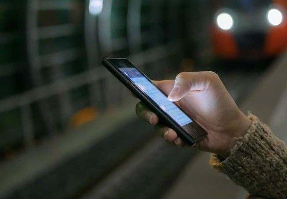 Эксперт рассказал, как спасти экран смартфона от выгорания