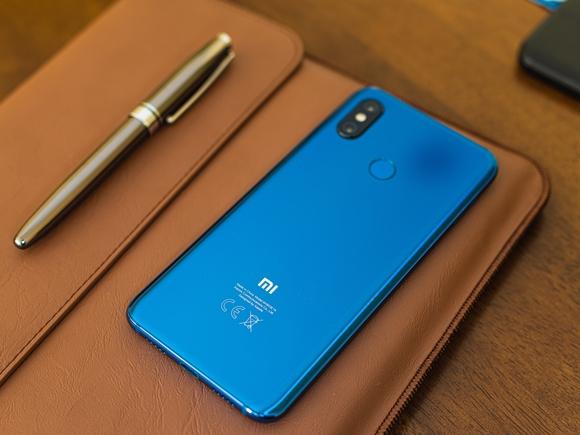 «Расследование достигло результатов»: Xiaomi отменила блокировку смартфонов в Крыму