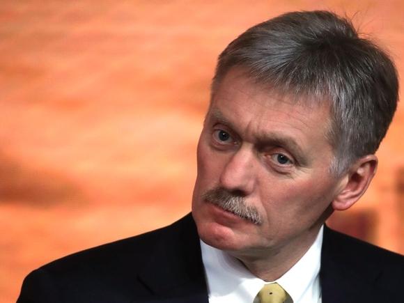 Песков: Путин объяснил Меркель перемещение российских войск взрывоопасностью Украины