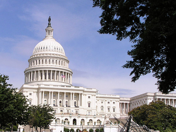 В США заподозрили иностранные государства в причастности к захвату Капитолия (фото)