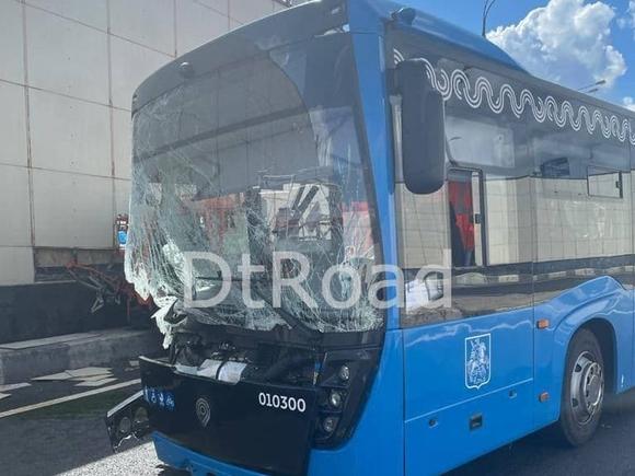 Названа причина ДТП с автобусом в «новой Москве», в котором пострадали 10 человек