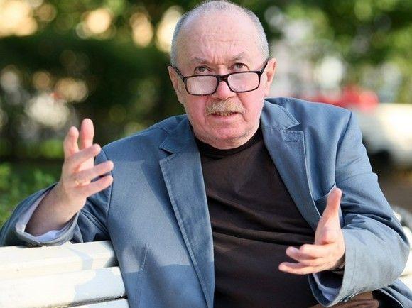 Политолог и писатель Денис Драгунский