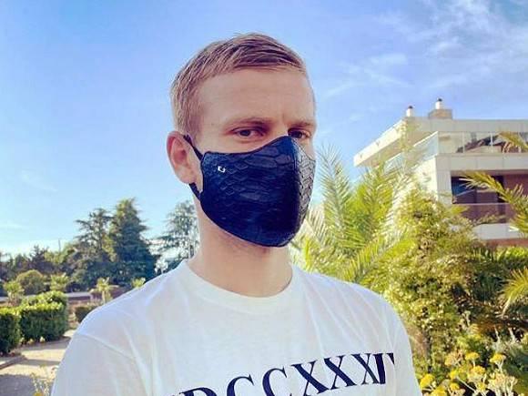 Футболист Александр Кокорин лег в больницу ради пластической операции