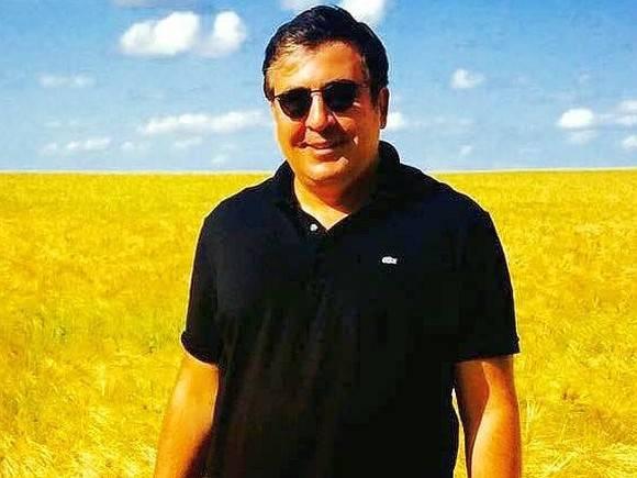 Кто как может  сушей, воздухом  поедем все: Саакашвили объявил о возвращении в Грузию