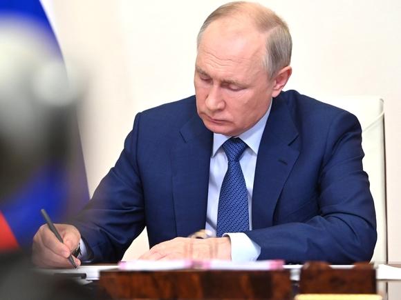 Путин отправил в отставку замгенпрокурора Буксмана