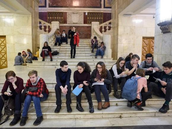 Москвичка-вундеркинд, сдавшая ЕГЭ в 8 лет, будет учиться на платной основе в МГУ