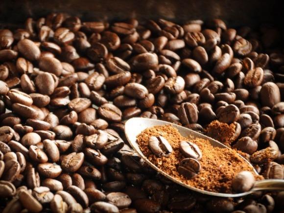 Цены на кофе арабика взлетели до многолетнего максимума