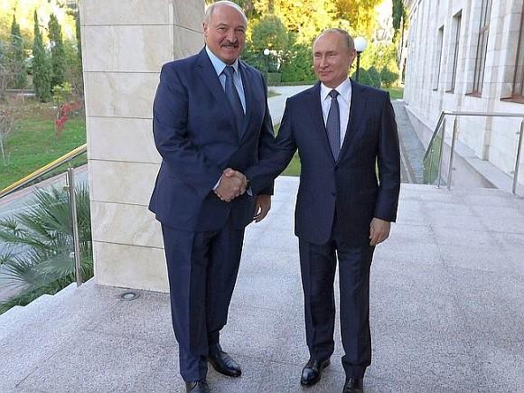 """<p><strong>Kreml: <span style=""""color:#ff0000"""">Putin Lukaşenko ilə görüşməyəcək</span></strong></p>"""