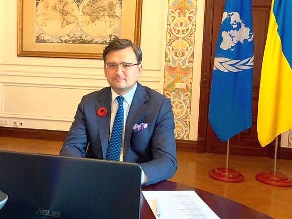 Кулеба: Украина не получила ответа на предложение о встрече в Донбассе