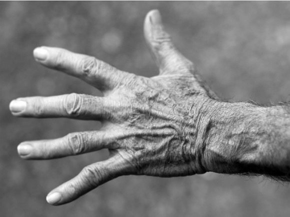 «Безобидный» симптом оказался признаком опасных заболеваний