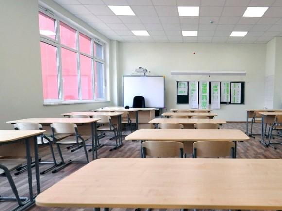 В московских школах после расстрела в Казани усилили охрану