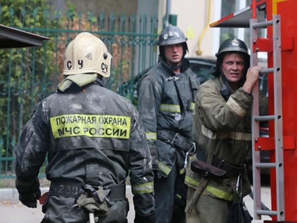 Под Владимиром мать с ребенком прыгнула с шестого этажа, спасаясь от огня