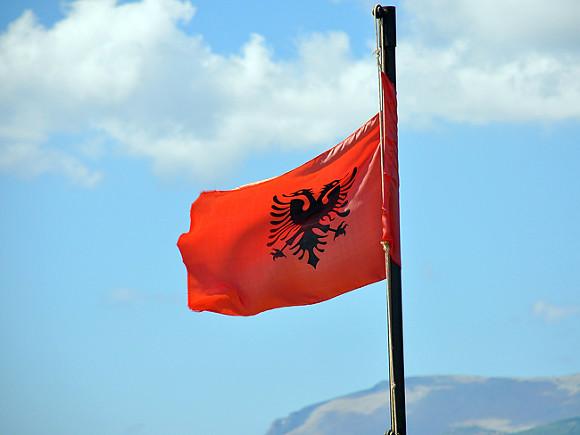«Нарушал антиковидные меры»: из Албании выдворяют российского дипломата