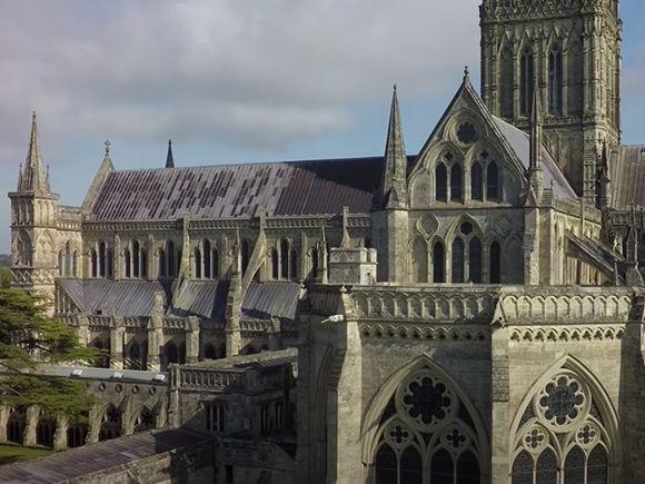 Фигурировавший в «деле Скрипалей» Солсберийский собор стал центром вакцинации от COVID