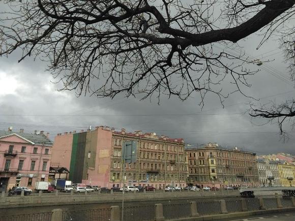 В Петербурге мокрый снег с дождем и гололедица