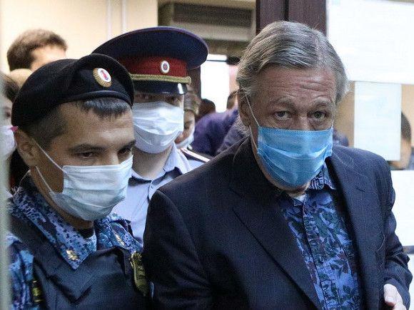 Содержу иждивенцев: отправленный в колонию актер Михаил Ефремов подал кассацию на приговор