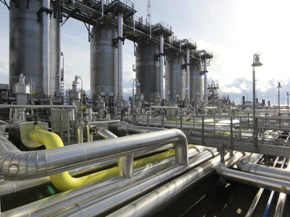 Цена газа в Европе пошла вниз после достижения рекорда в $970