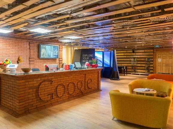 Роскомнадзор предупредил Google о блокировке, если не будут сняты ограничения с каналов RT