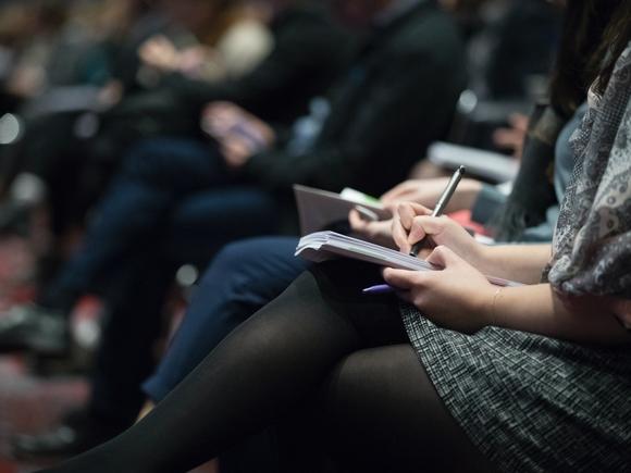 Союз журналистов Петербурга и ЛО призвал до принятия решения по закону об иноагентах приостановить процедуру внесения в реестр новых СМИ