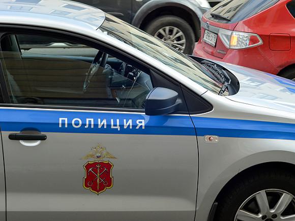 До семи человек пострадали в ДТП с автобусом и столбом у кладбища в Петербурге (фото)