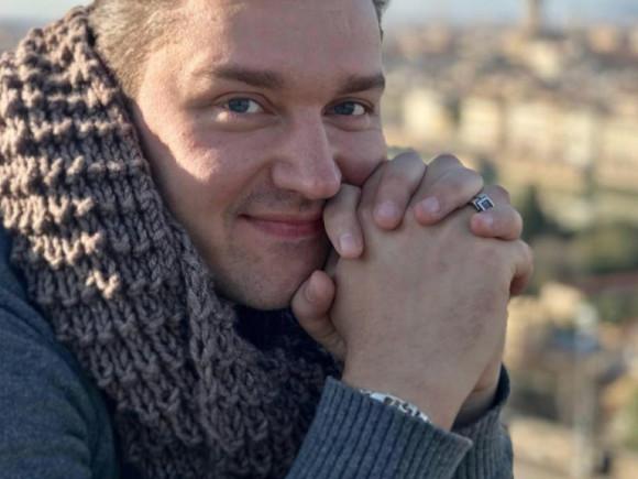 Ввозрасте 37 лет скончался артист Сергей Смирнов