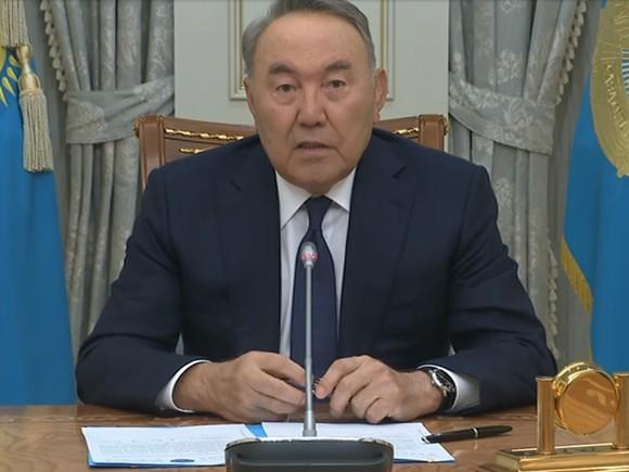 Назарбаев: Больной президент не может руководить государством