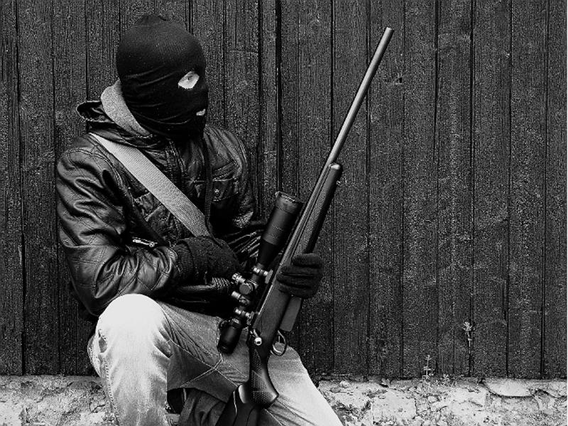 Без повода, картинки бандитов