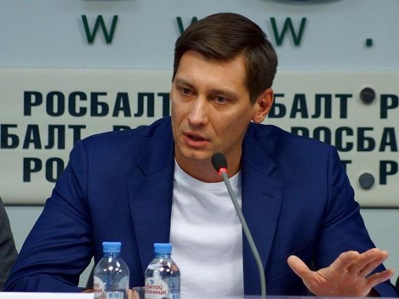 Проект: Задержание Дмитрия Гудкова связано с его предвыборной узнаваемостью, которая не нужна Кремлю