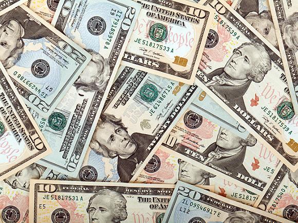 Эксперт объяснил, когда лучше всего обменивать валюту