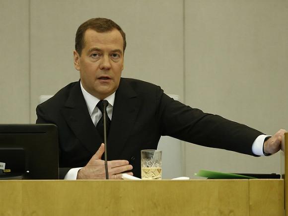 Медведев заработал после отставки с поста премьера еще больше