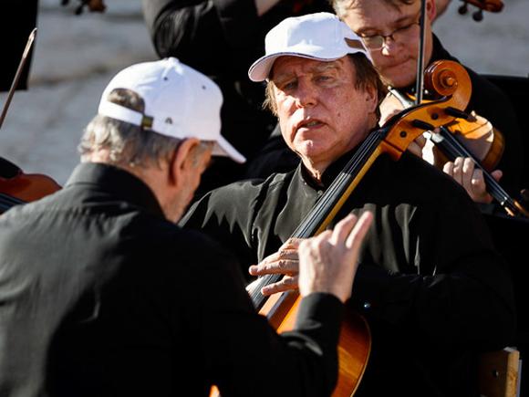 Путин наградил своего друга, виолончелиста Ролдугина орденом «За заслуги перед Отечеством»