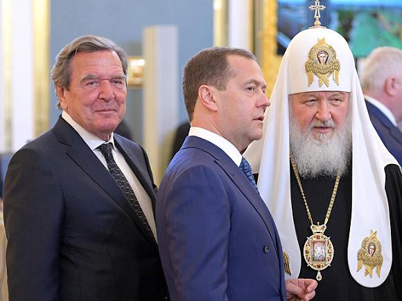 Предшественник Меркель назвал причину возвращения Крыма России