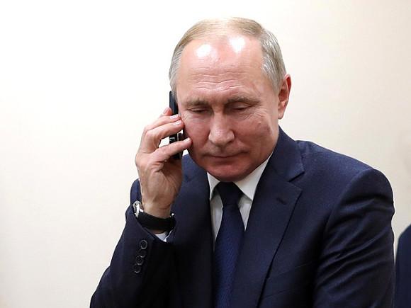 Путин обсудил обострение ситуации в Афганистане с президентом Узбекистана
