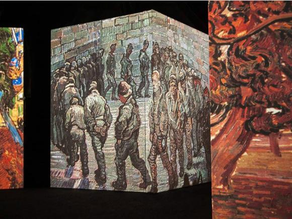 Фото организаторов выставки Van Gogh Alive