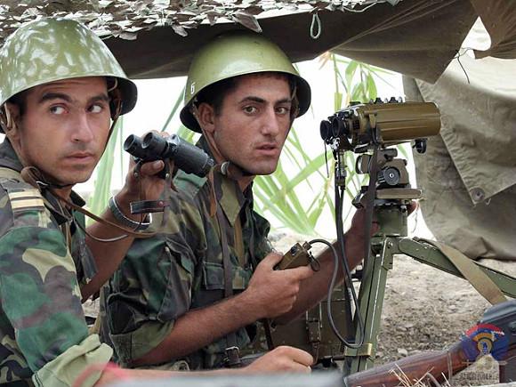 Армения показала уничтожение беспилотника армии Азербайджана (видео)
