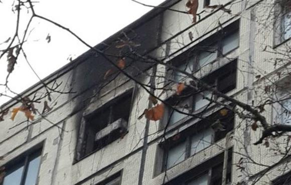 Труп с ножевыми ранениями нашли при тушении пожара в Москве