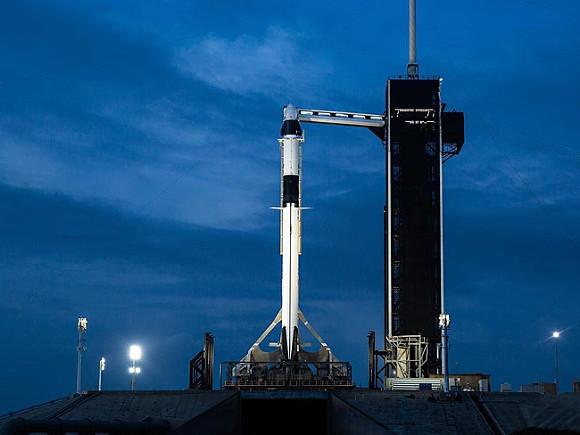 SpaceX запустила более 140 спутников разом и побила рекорд космонавтики (видео)