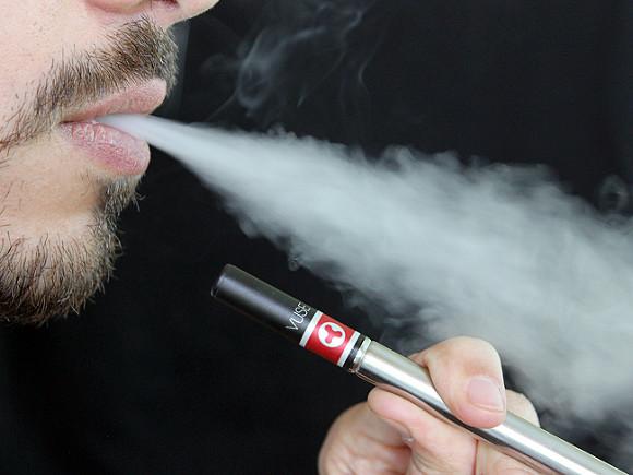 В России задумались о запрете жидкостей для электронных сигарет