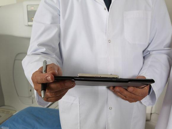 Психолог объяснил, как правильно разговаривать с врачами и не нервничать