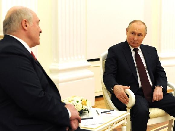 Лукашенко предупредил об угрозе Третьей мировой войны с участием РФ и Китая