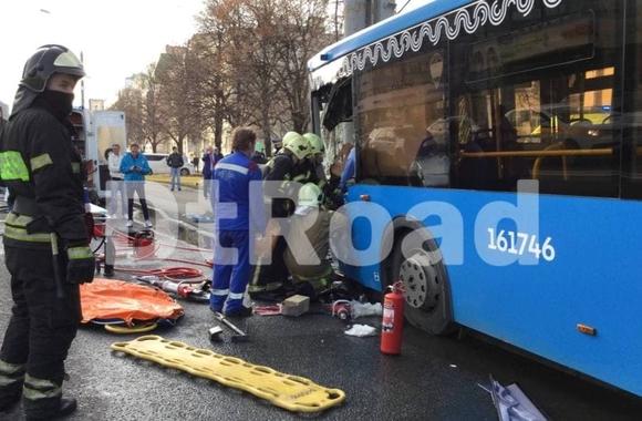 Прокуроры начали проверку после ДТП с автобусом в центре Москвы